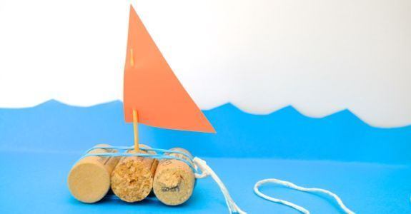 Quick Craft for Kids -- Toy Boats - http://innerchildfun.com/2013/07/quick-craft-for-kids-toy-boats.html #kids