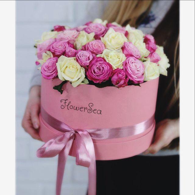 Всем красивого внимания В наличии очень много роскошных роз, Тюльпанов и других цветов, а так же у нас есть новинка к подарку: КЛУБНИКА В ШОКОЛАДЕ!В наборе 12 шт. скорее звоните нам и мы поднимем настроение вам и вашим близким, любимым  За подробностями : ☎️+7-911-086-82-49 viber, whatsapp #ромашки #цветы #букеты #букетвкоробке #заказатьбукетспб #пионы #розы #цветыспб #тюльпаны #гиацинты #ирисы #фрезии #подсолнухи #спб #заказцветов #магазинцветовспб #доставкацветов  #flowersbox #кр...