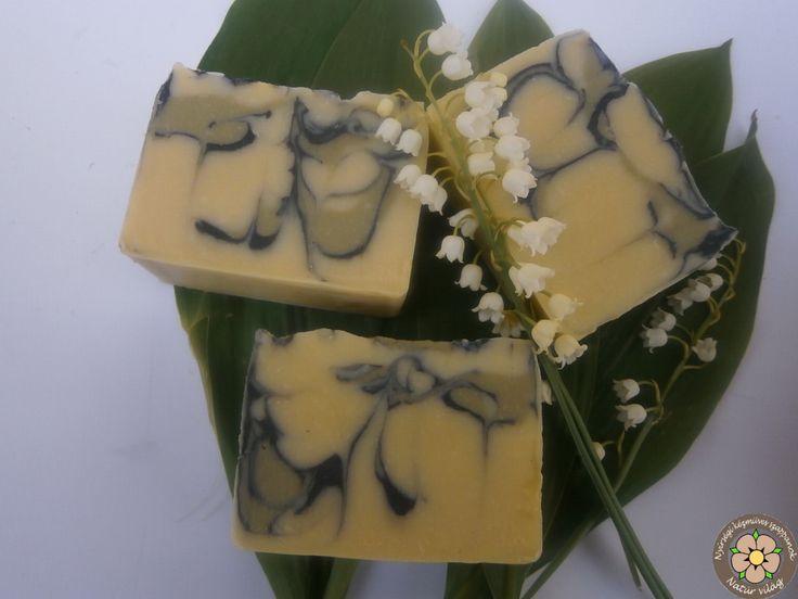 Kecsketejes gyöngyvirágos családi kézműves szappan, zöldagyaggal, aktív szénnel gazdagítva