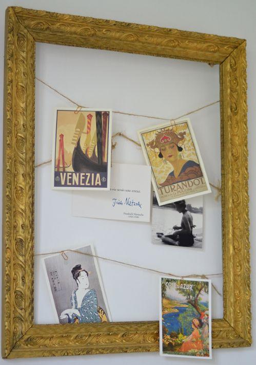 DIY : Customiser un vieux cadre avec des cartes postales