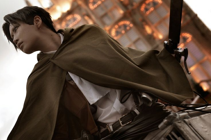 Levi Cosplay - Shingeki No Kyojin - SNK - Attack on Titans ...