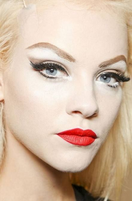 Vintage Hochzeit Make-up rote Lippen blasse Haut 56 Ideen für 2019 – #Ideen #Lippen #Make …