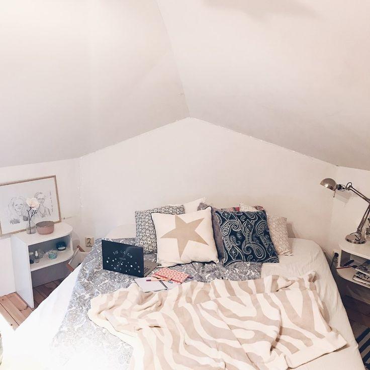 bed bedroom teenage cosy dream blue white En Happy tjej Blogg