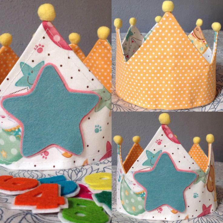 Corona  de cumpleaños  modelo bears  handmade ✂️