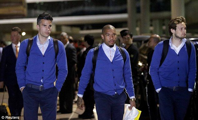 Robin van Persie, Nigel de Jong and Daley Blind wearing #vanGils