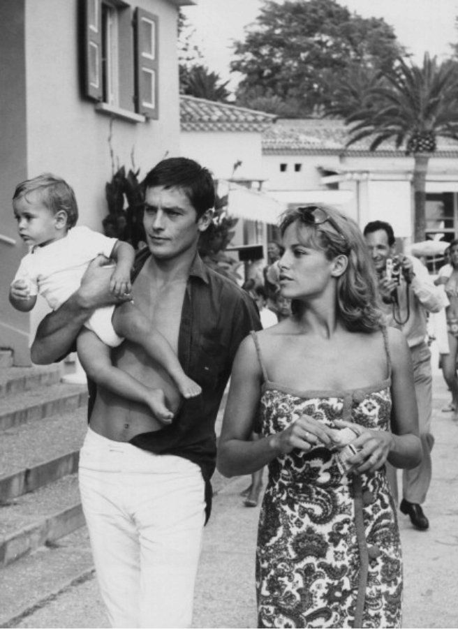 Alain Delon photo gallery - page #19 | ThePlace
