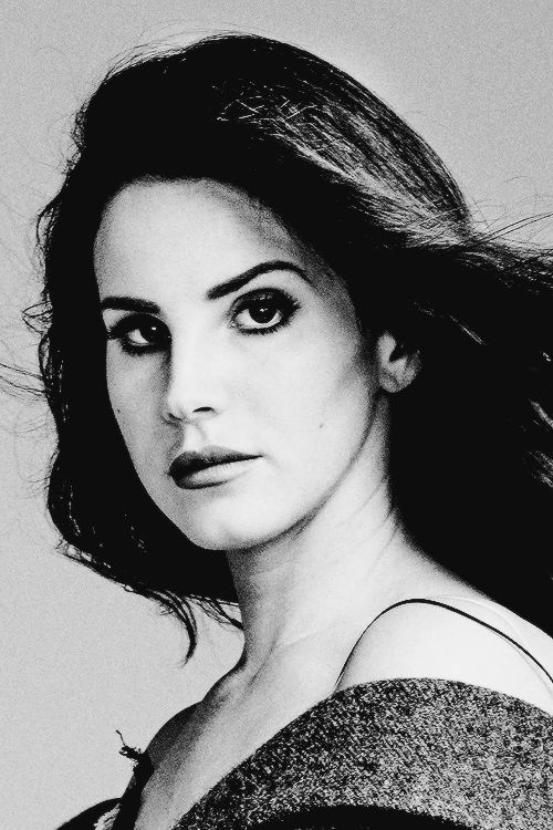 1000 images about queen of disaster on pinterest for Lana del rey art deco
