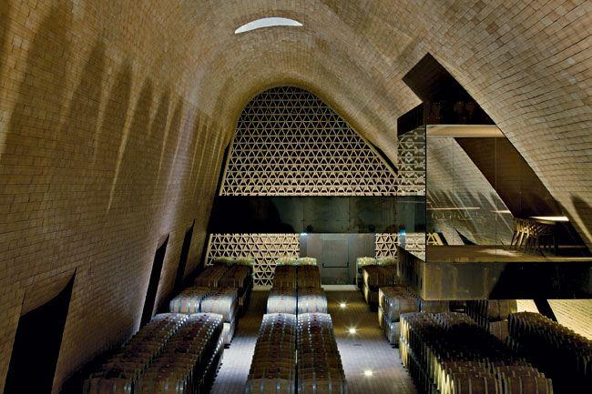 143 best sbronzi tour images on pinterest touring tourism and vines. Black Bedroom Furniture Sets. Home Design Ideas