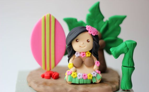 Fondant Hula girl cake topper set. Hawaiian girl. Hawaiian hula girl and Palm Tree Fondant Cake Topper Set. Hula cake topper.
