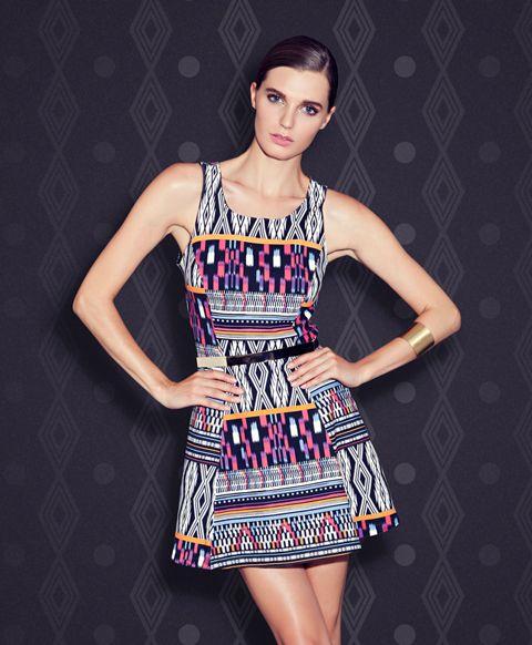 El tribal print va perfecto en este vestido, perfecto para un día soleado http://www.basement.com.co/