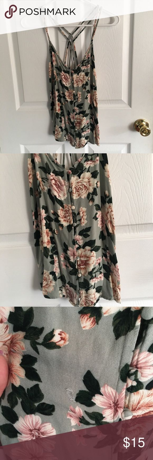 American Eagle Floral Strappy Top Floral strappy top with decorative buttons down the front American Eagle Outfitters Tops Camisoles
