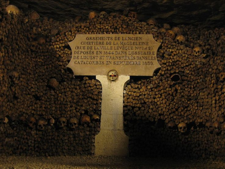 Beneath Paris' City Streets, There's an Empire of Death Waiting for Tourists | Travel | Smithsonian