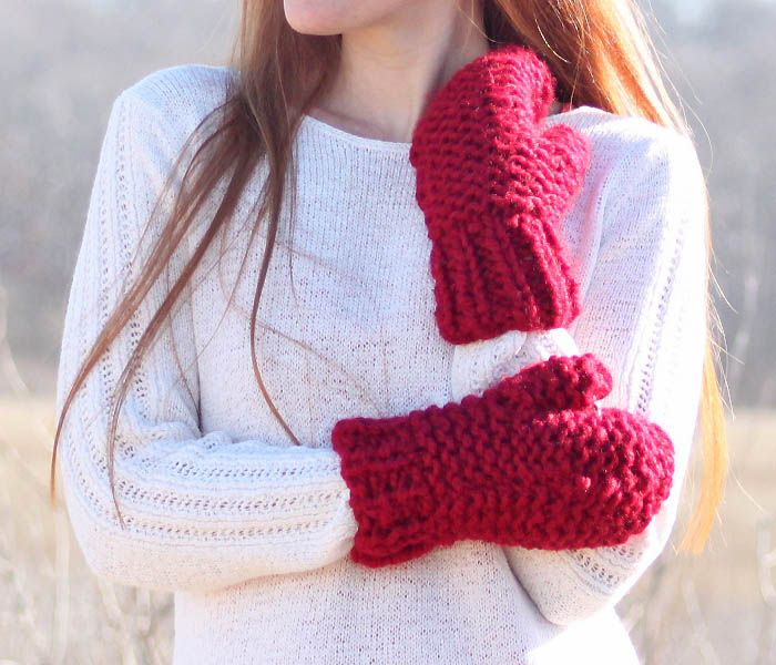 Free Beginner Knitting Pattern for Chunky Mittens with size 11 needles