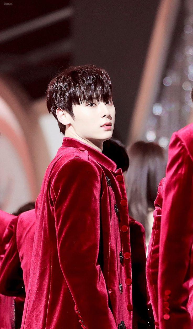 180110 Wanna One at Golden Disk Awards #Minhyun