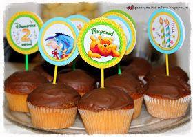 """День рождения """"Винни Пух""""      Яркий и добродушный, Винни Пух вместе со своими друзьями нередко становится героем детских праздников. И у меня в """"копилочке"""" тоже есть макет украшений для Дня рождения в стиле Винни. Сделан он в одной из моих любимых цветовых гамм - зелёно-голубой и медово-жёлтой. Куда же мишка без мёда???     Спасибо огромное Елене - заказчице и маме 2-хлетнего именинника за интересный заказ и фотографии готового декора на празднике.   Набор """"стандартный"""" - флажки для стола…"""