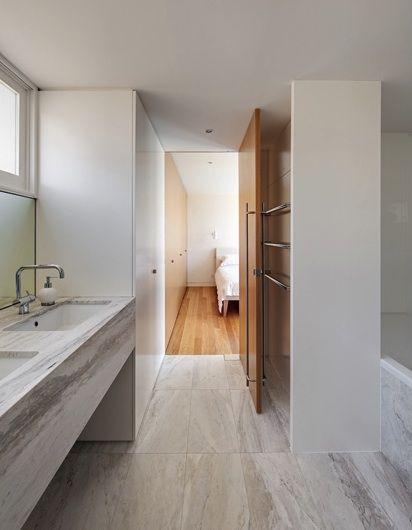 Watson's Bay House, Sydney, Australia.  Architect: Super Colossal