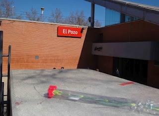 11 de Marzo de 2012 Estación de cercanías de El Pozo en Madrid. En recuerdo de las víctimas de los atentados de Madrid 11 de Marzo de 2004. Fotografía tomada 11 de marzo de 2012. Remembering March 11 on the 11th of March 2012.
