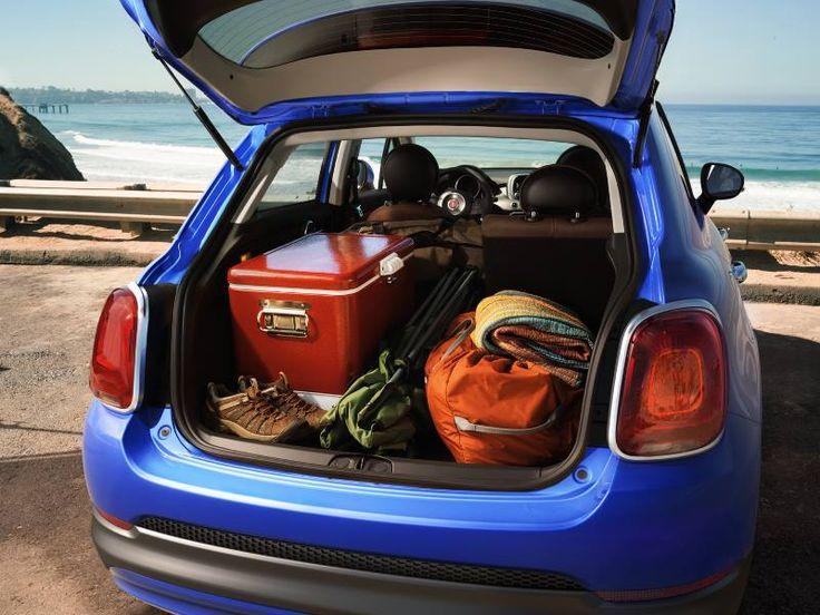 Dzięki pojemnemu bagażnikowi w Fiacie 500X Crossover nigdy nie będziesz narzekał na brak miejsca na walizki.