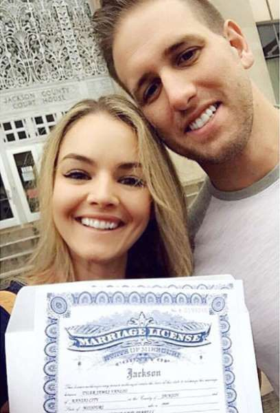 "Celebrity weddings of 2016:     Nikki Ferrell and Tyler VanLoo married on Oct. 8 in Kansas City, Missouri. Shortly before the big day, the former ""The Bachelor"" contestant shared this photo on Instagram with the caption, ""We gon git mawwied y'all. ޥљ⛪ #finalcountdown #theoldballandchain #stuckwithmeforever #illfindyou #lastminutedetails."" Tyler popped the question to Nikki in January."