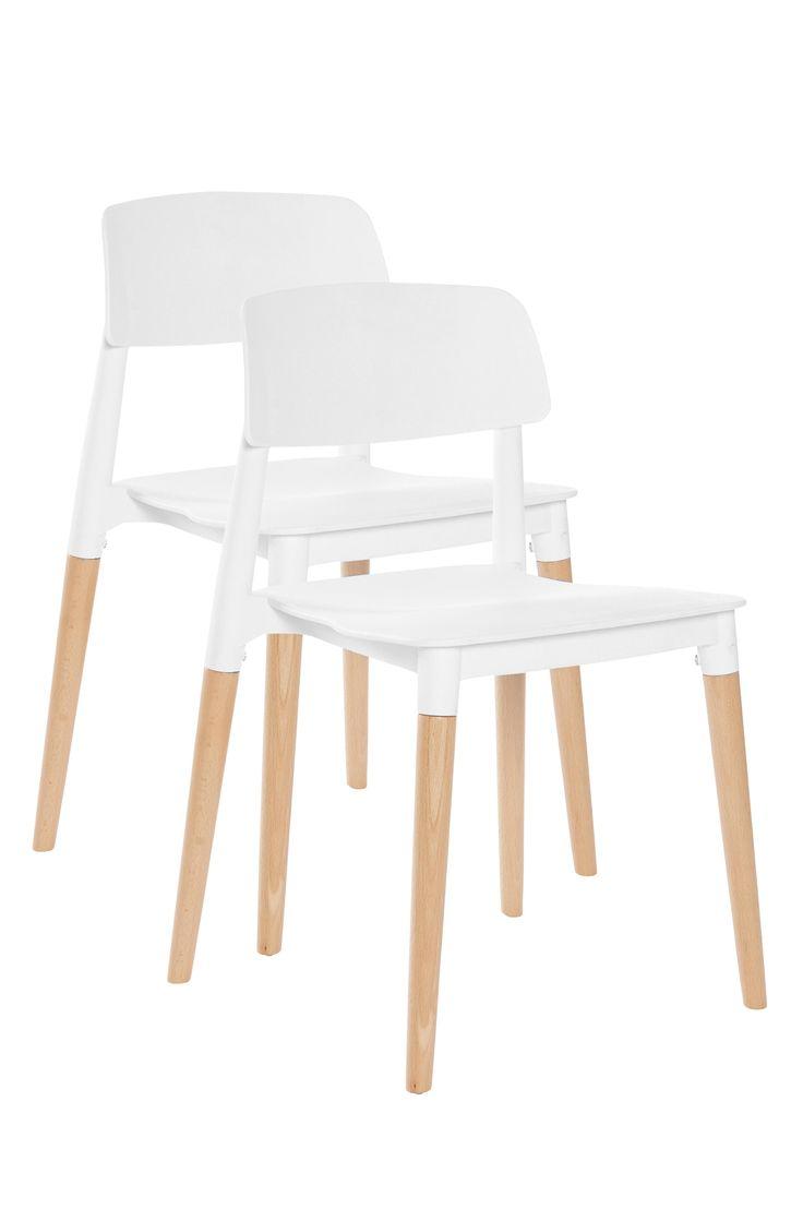 En moderne stol med lett avrundet rygg og bra sittekomfort. Stolen gir et nett inntrykk, og passer like bra ved middagsbordet som alene i gangen. Materiale: Plast og tre. Størrelse: Høyde 75 cm, bredde 48,5 cm, dybde 47,5 cm, sittehøyde 45 cm. Beskrivelse: 2-pk stoler av formstøpt polypropylen og treben av bøk. Kan stables. En viss montering kreves. Monteringsanvisning medfølger. Vedlikeholdsråd: Tørkes av med en fuktigklut. Tips & Råd: Bland gjerne stolen med andre farger og materialer...