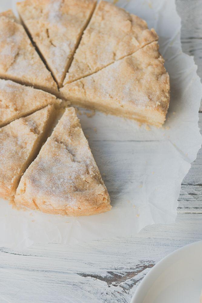 4 ingredient Vanilla Shortbread | The Luminous Kitchen
