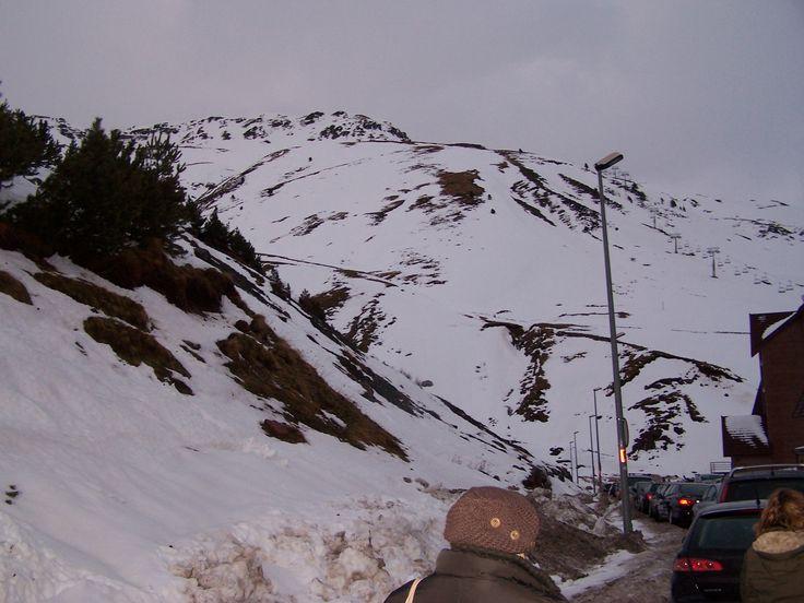 Estación de Esquí de Astún, Jaca, Huesca. Pulse en la fotografías para ver información de las estaciones de esquí del pirineo aragonés.