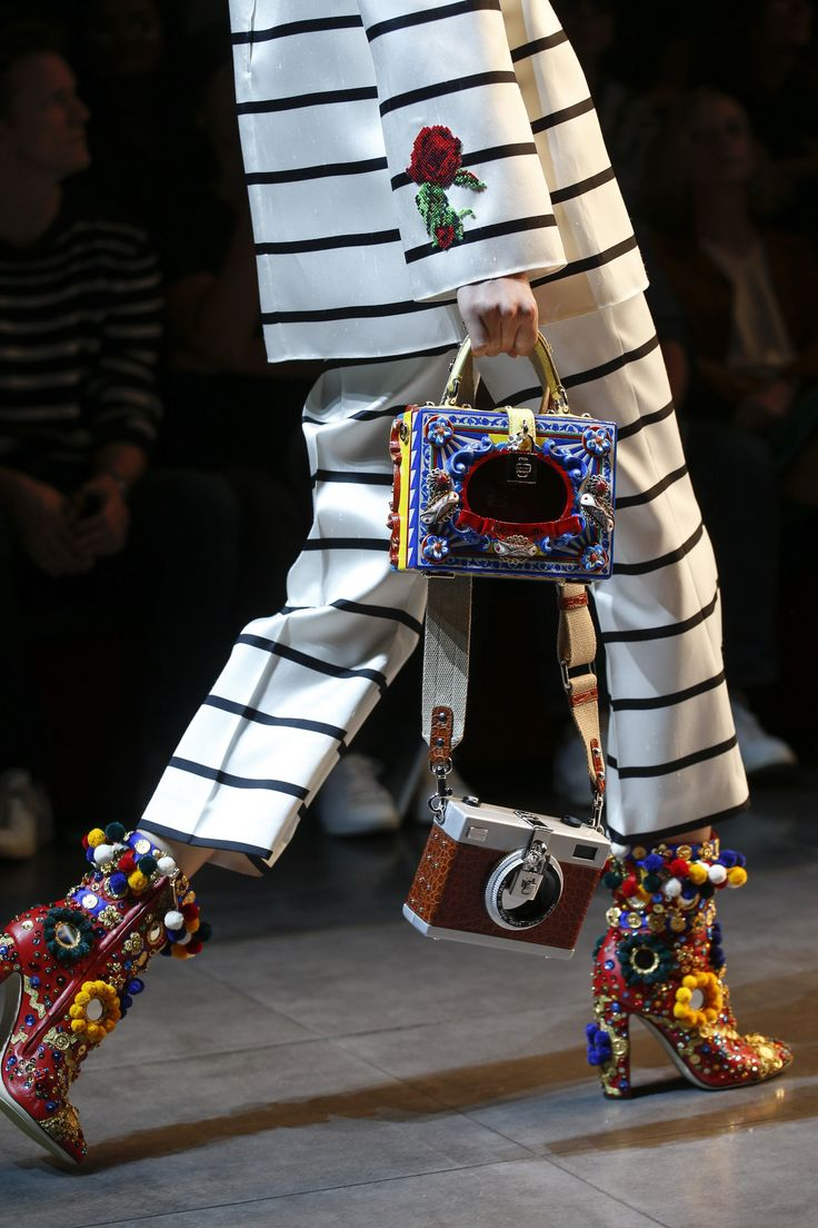 A detailed look at the Dolce & Gabbana runway
