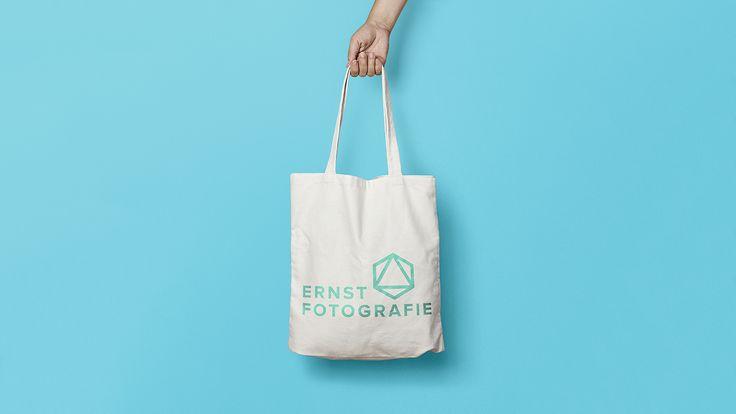 Klant opdracht: Ontwikkel een nieuwe huisstijl voor mijn fotografie bedrijf.