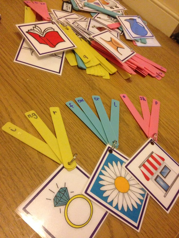 Phonics game- rearrange the sounds around to make the word. Sounds made from plastic plant labels!