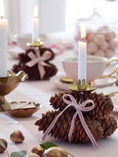 Advent, Advent, ein Lichtlein brennt. An den Adventssonntagen versammeln wir uns um den Kaffeetisch und da darf die richtige Tischdeko
