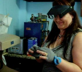 Jolanda of www.designergoldsmith.com loves Sewgrip(r).