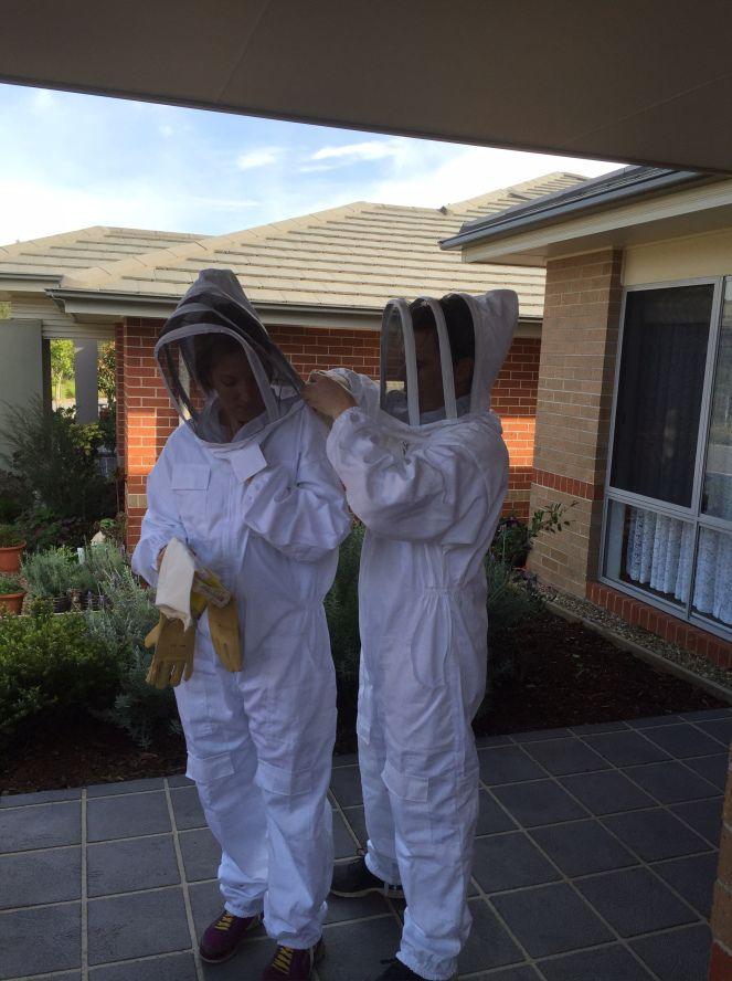 11 Reasons to bee-friend a beekeeper- Burrowbee