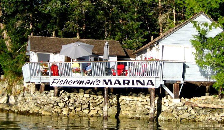 Prawn Palace & Oyster Shack share a deck over the ocean www.fishermansresortmarina.com