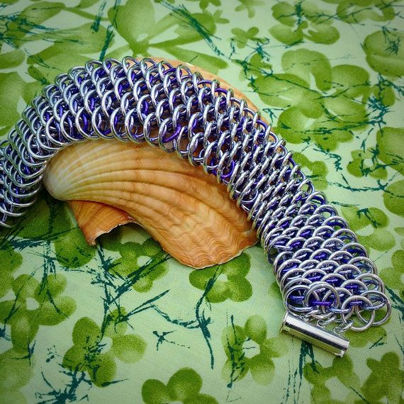 Dragonscale Cuff in Purple and Lavender Ready to by DaisiesChain, $40.00