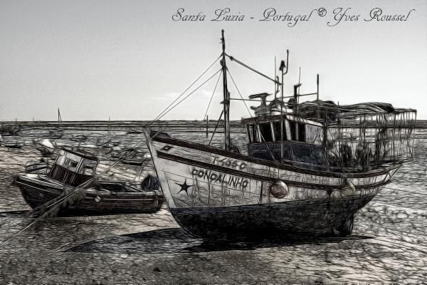 Photo editing of fishing boats of Santa Luzia, a small village known for octopus fishing, is close to Tavira in the Algarve in Portugal © Yves Roussel
