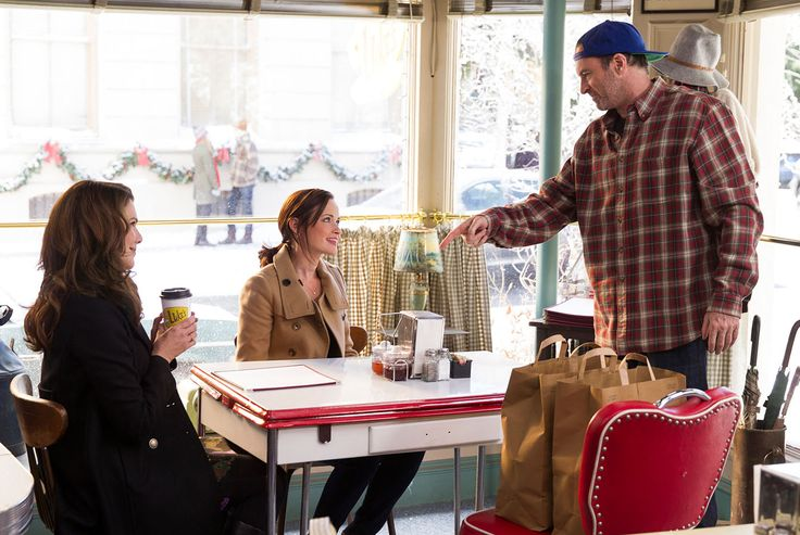 6. Por el café de Luke - Diez razones por las que querríamos vivir en Stars Hollow, el pueblo idílico de Las Chicas Gilmore