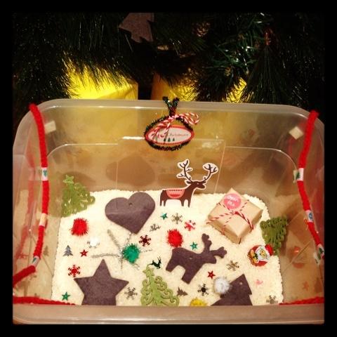 Kaatje's Mammy Ondersteboven: Christmas Sensory Box