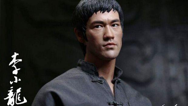 Bruce Lee - statue, busti e action figures per celebrare il Piccolo drago