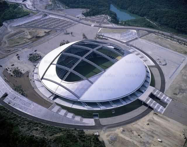 Ōita Bank Dome (Ōita, Japan). Capacidade: 43.000