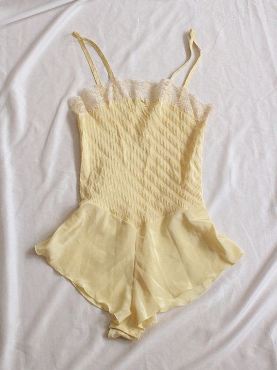 1970s Pale Yellow Playsuit Vintage 70s Lace by firstladiesvintage
