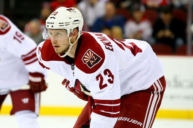 Coyotes must not waste prime of Oliver Ekman-Larsson's career = SCOTTSDALE, Ariz. — Oliver Ekman-Larsson will be 26 when the 2017-18 NHL season begins. He has made the playoffs twice in seven campaigns, he has won two playoff series and he will have…..