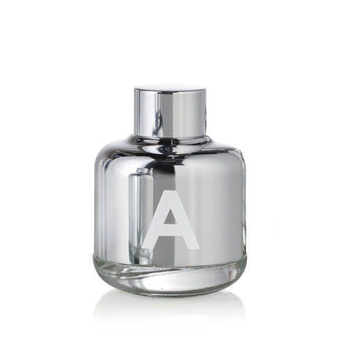 £115.00  BLOOD CONCEPT A, Pure Perfume Drops 40ml    GREEN AND AROMATIC.  A SYMBIOTIC RELATIONSHIP  WITH NATURE.  REASSURING AND CLEAN.            UK  http://www.averyonlinestore.com/index.php/perfume.html?manufacturer=65    EU  http://www.shopaveryeu.com/index.php/perfume.html?manufacturer=74    USA  http://www.shopaveryus.com/index.php/perfume.html?manufacturer=65