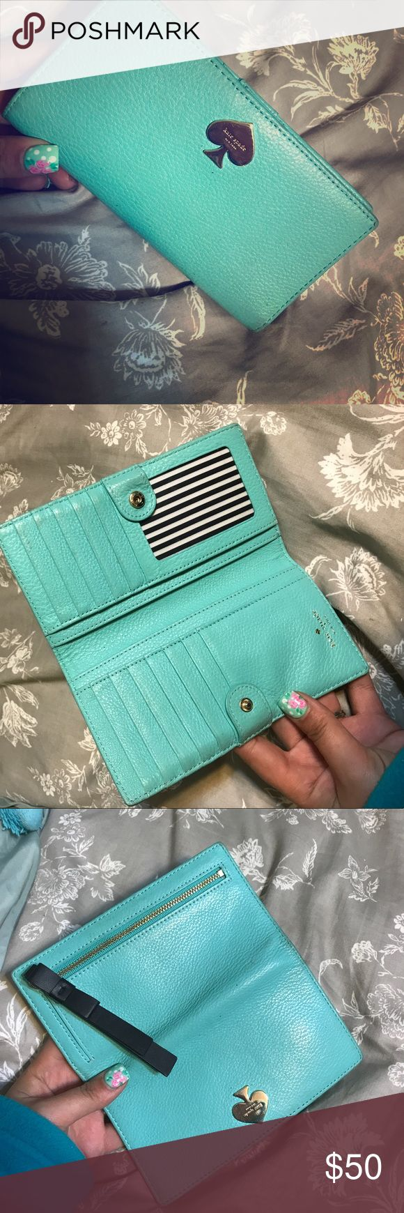 Kate spade wallet A little dirty, would clean up like new with a little leather cleaner kate spade Bags Wallets