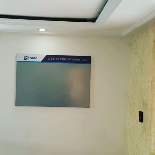 Carteleras tipo retablo para empresa de Vigilancia y Seguridad Privada en Bogotá – Carteleras Corporativas