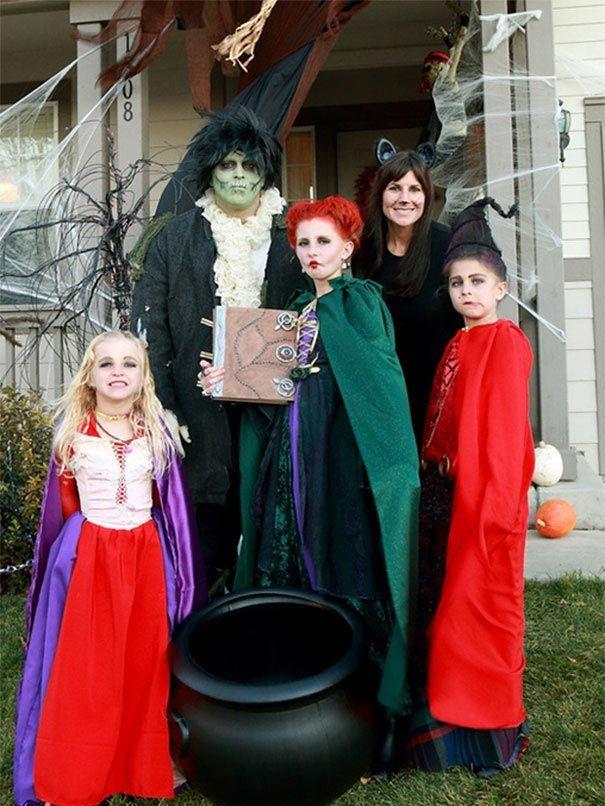 Самые забавные парные костюмы для детей и их родителей на Хэллоуин