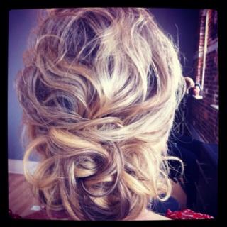 #weddinghair #hair #updo #weddinghairbycharlotte.com/