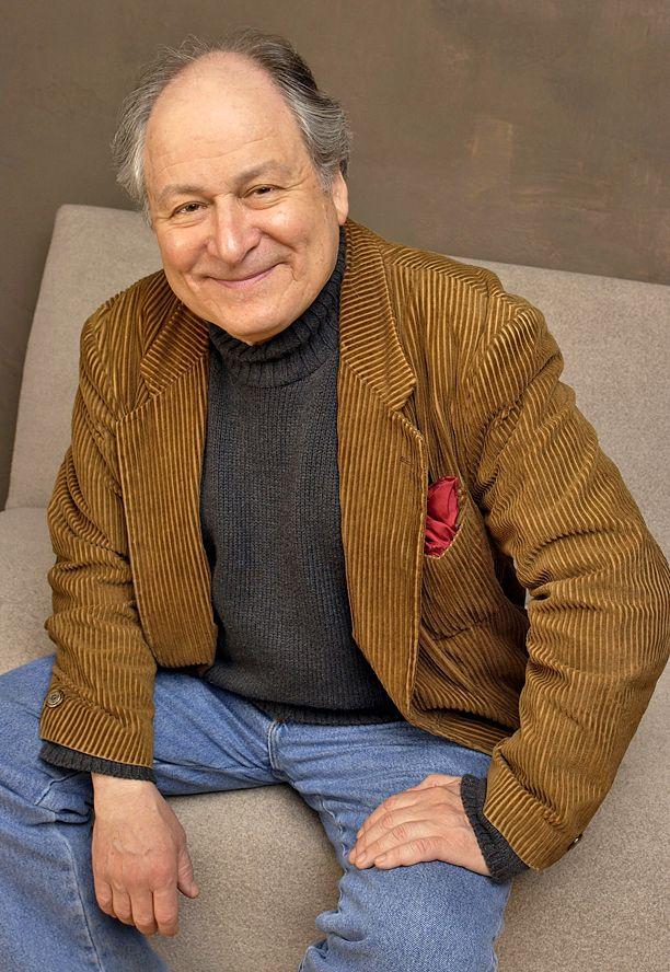 """David Margulies, the veteran character actor known for playing the mayor of New York in the Ghostbusters movies, died Monday afternoon in that city after a long illness. He was 78.  His agent Mary Harden confirmed the news to EW.  As Mayor Lenny Clotch in 1984's Ghostbusters, Brooklyn-born Margulies delivered the memorable line, """"Being miserable and treating other people like dirt is every New Yorker's God-given right!"""" He would reprise the role five years later in Ghostbusters II.  [y..."""
