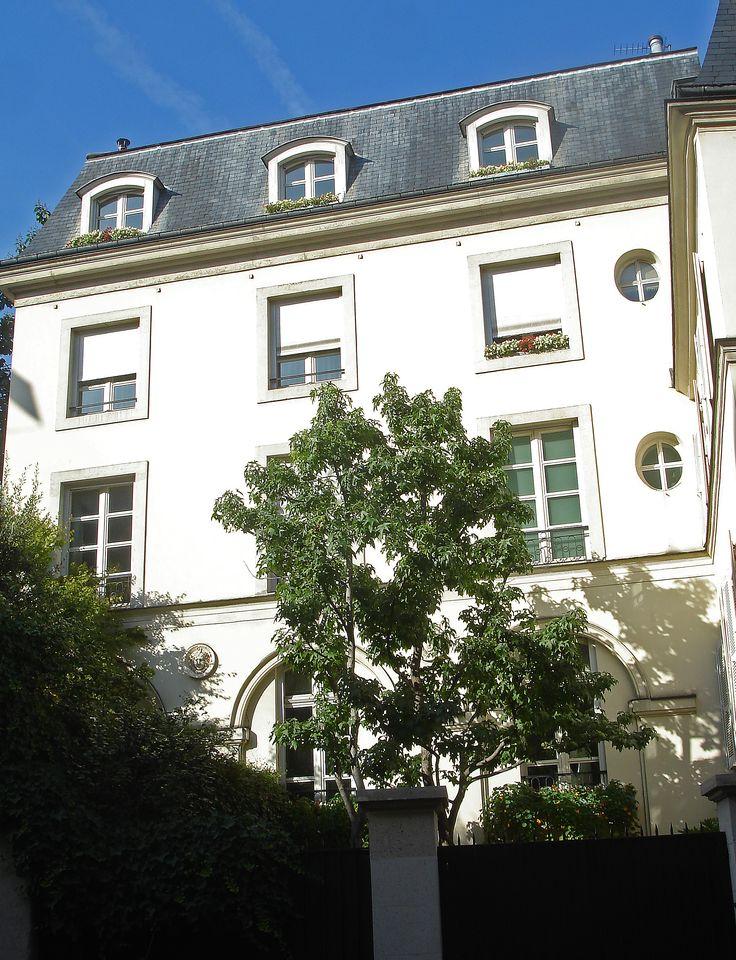 Visite de Saint Germain des Prés avec le Procope. http://visite-guidee-paris.fr