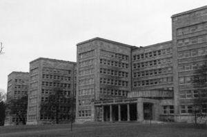 Hans Poelzig, Ig Farben Building.