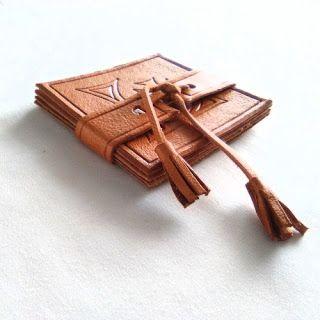 Regalos Decoración cuero grabados personalizados hecho España Spain Custom Leather gifts and Decor: Posavasos de cuero (4 u.) con grabado a mano personalizado decoración de mesas para eventos.
